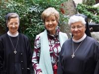 SOS Familie 08.10.20 Carolin Reiber mit Schwestern (Kopie)